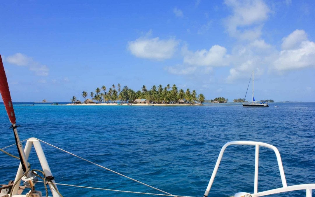 Sailing the San Blas Islands
