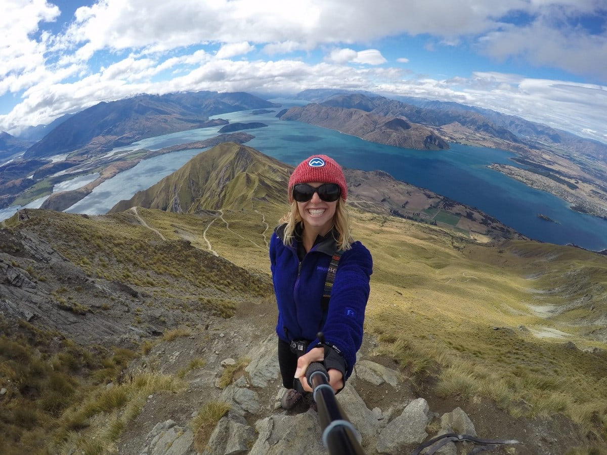 Roy's Peak should not be missed when visiting New Zealand! This 1,578m summit will give you one of the most remarkable views in the whole country. Read more at www.thefivefoottraveler.com