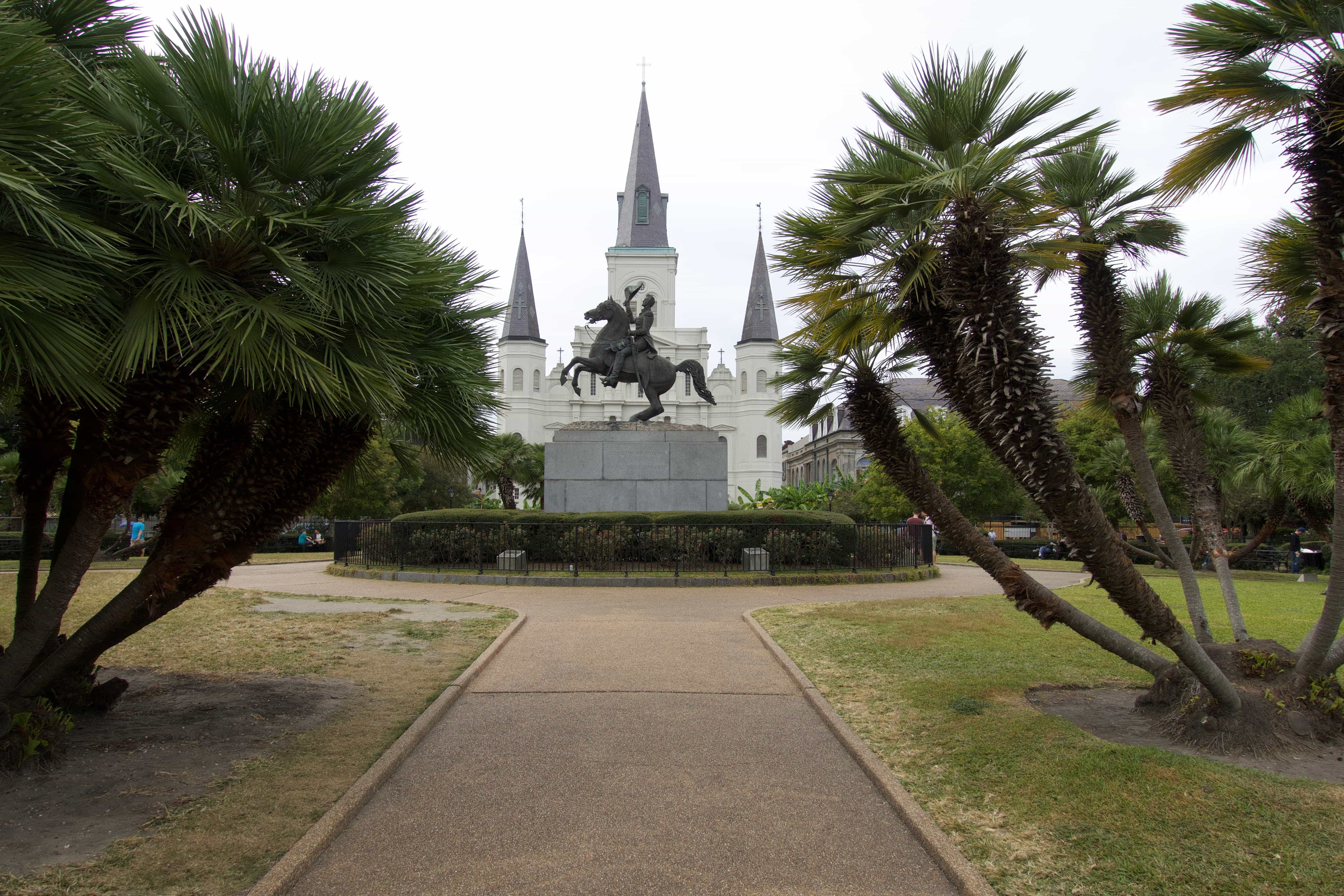 """With it's Spanish and French roots, flavorful food, and vibrant life music scene, New Orleans is a city not of """"things to do,"""" but to experience in full. Read more at thefivefoottraveler.com"""