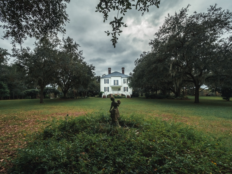 an original plantation house from the 1700s