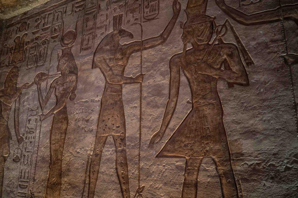 reliefs inside abu simbel
