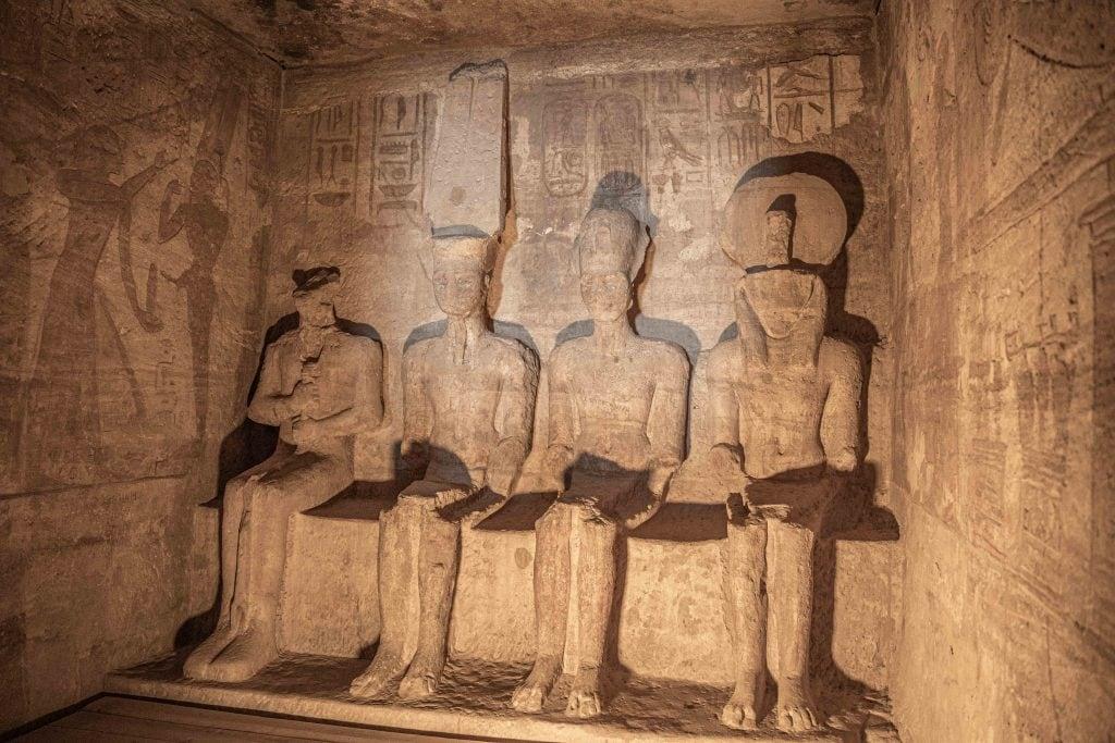 statues inside abu simbel